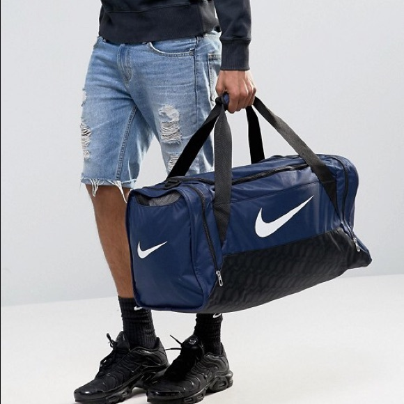 25d824e54b40 Nike Brasilia Medium Gym Duffel Bag Navy Blue